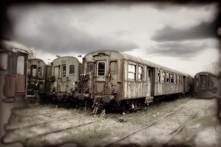 « OLD TRAINS »