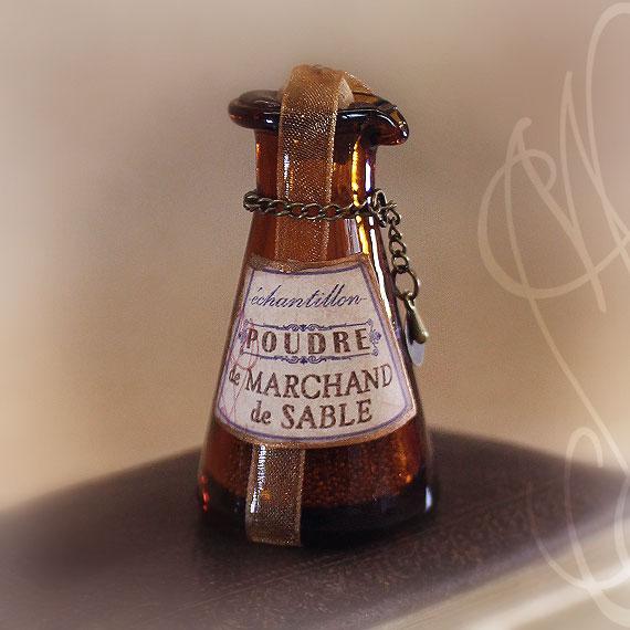 « POUDRE DE MARCHAND DE SABLE »
