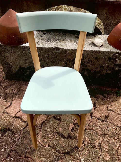 Chaise en hêtre esprit scandinave