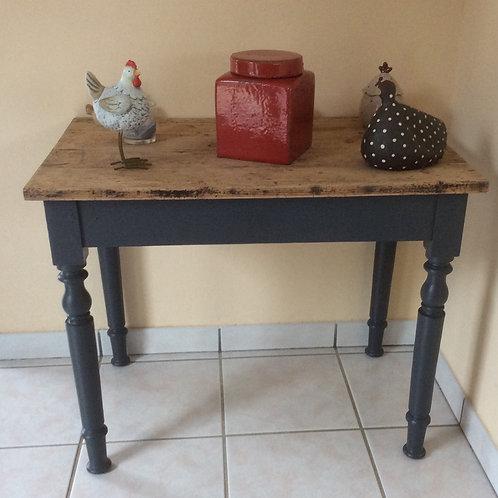 Petite table plateau chêne