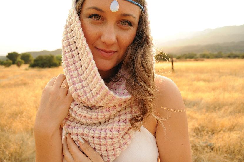 Unconditional Love Hat: Cream/Lavender Pink