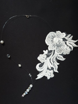collier dentelle Bess 3 et perles