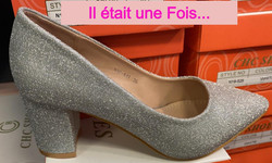 chaussures gris argent