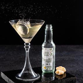 Coctel Herbal Lychee Martini. Botella de 165ml.