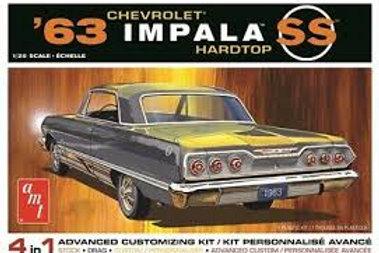 AMT - 1/25 '63 Impala SS