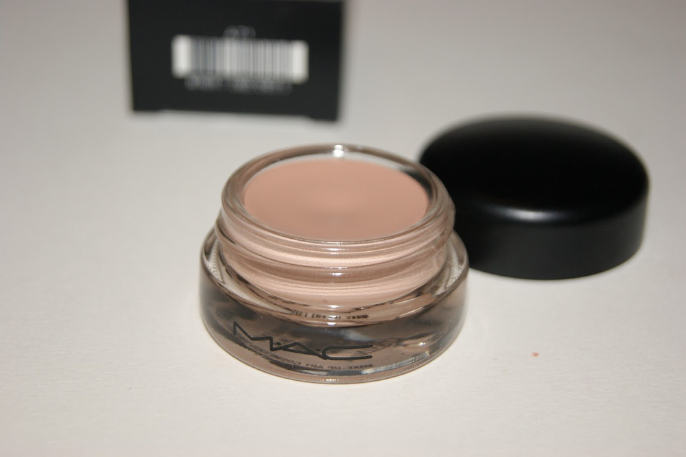 MAC Paint Pot in Painterly