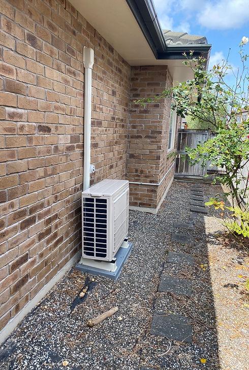 fujitsu heat pump installation .jpg