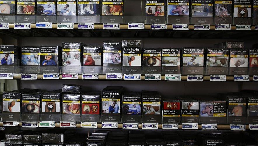 Pourquoi les photos horribles des paquets de cigarettes vous font fumer
