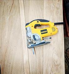 Jigsaw sawing
