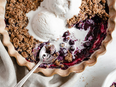 Paleo Blueberry Crisp (Gluten & Dairy Free, Low Fodmap)