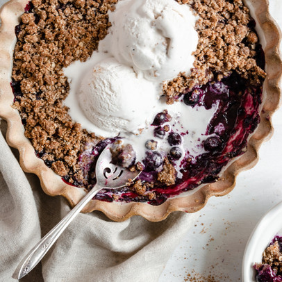 Paleo Blueberry Crisp (Gluten & Dairy Free, Low Fodmap)
