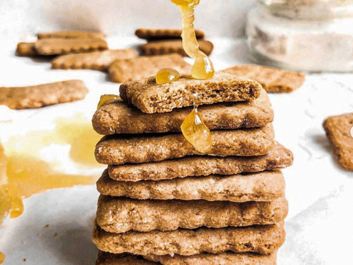 Crunchy Honey Graham Crackers (Paleo & Low Fodmap)