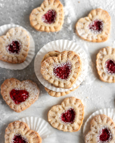 THUMBPRINT%20RASP%20COOKIES%2014_edited.