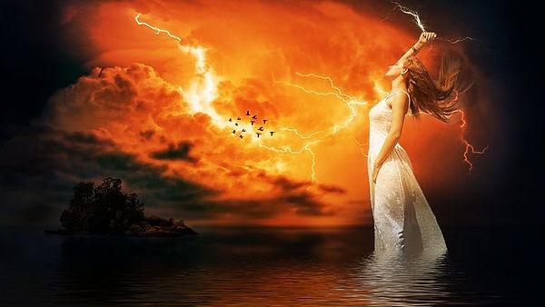 Empowered Female goddess-3575781__340.jp