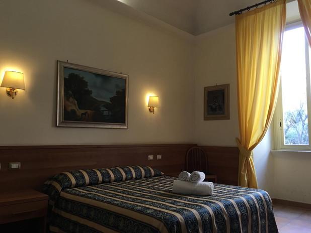 HotelBolognese.jpg