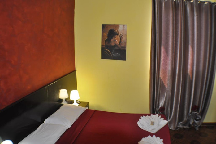 amico_hotel_doubleroom.jpg