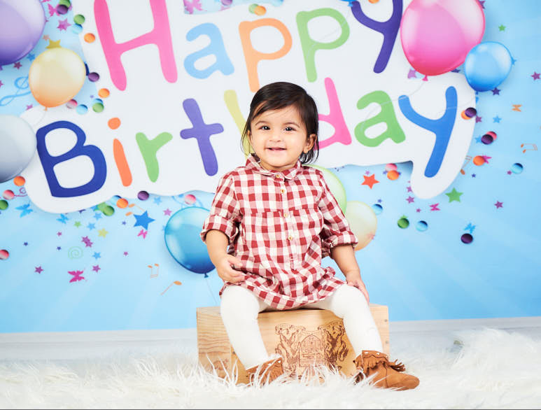 1st birthday photo session at Happy Kids Photo Studio