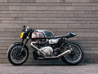 The BT02 kit for Triumph Thruxton