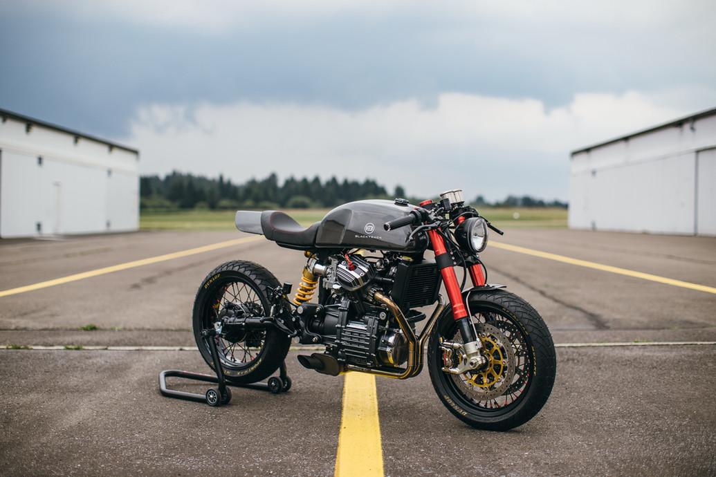 Cafe racer BT01 Carbon based on a Honda CX500
