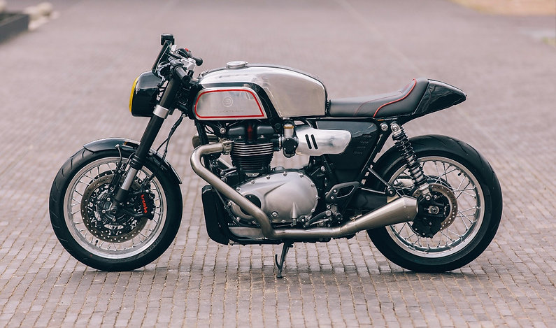 Cafe racer BT02 based on a Triumph Thruxton