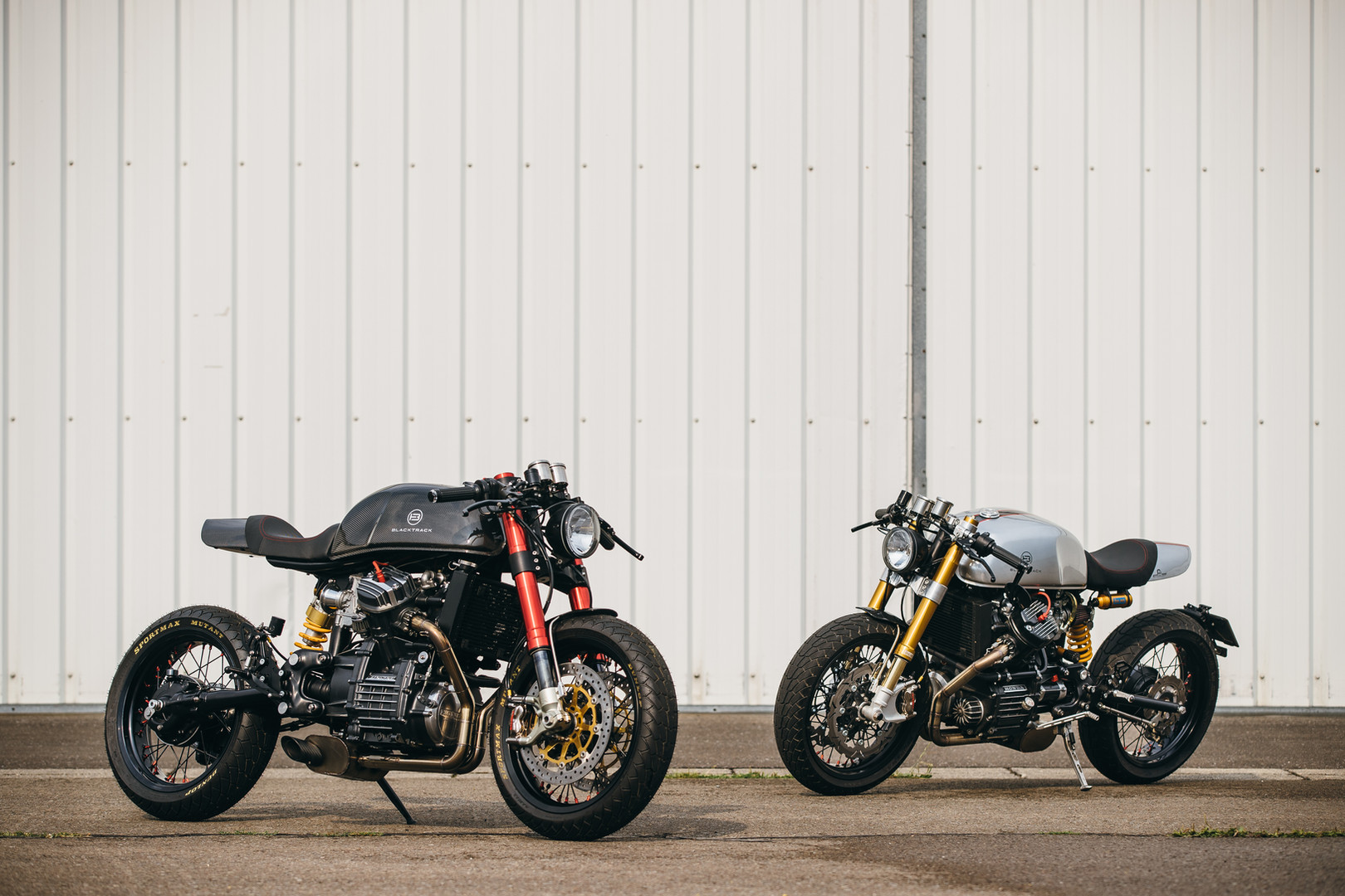 Cafe racers BT01 Carbon and BT01 based on a Honda CX500