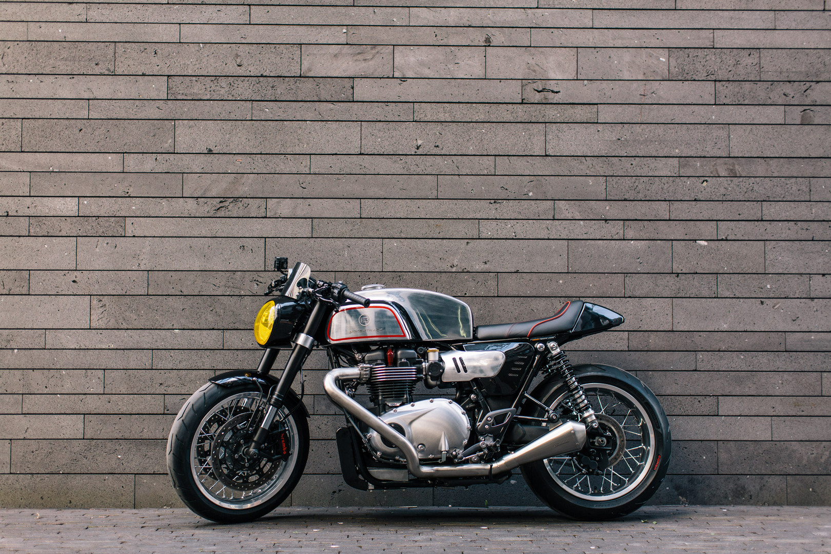 Cafe Racer BT02