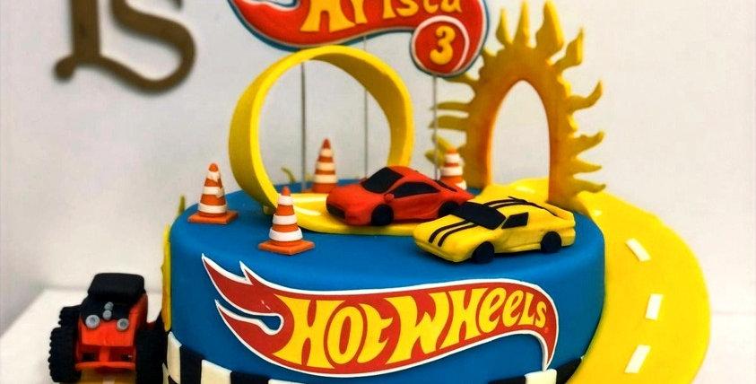 Tort Hot Wheels