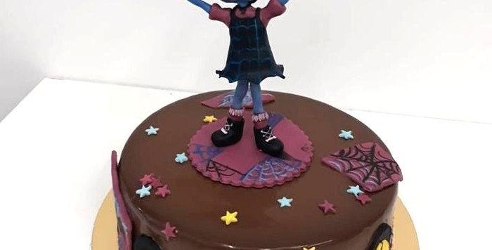 Tort Vampirina
