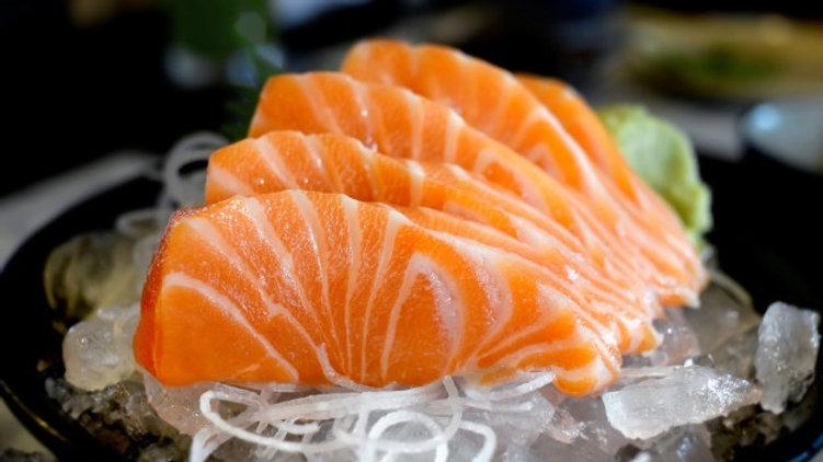 Fresh Atlantic Salmon (Saku)