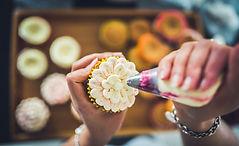 cupcake gifts, cupcake aprons, cupcake recipe books, gifts for cupcake lovers, cupcake cake tins, cupcake carriers, baking gifts, gifts for bakers, home baking gifts, baking presents