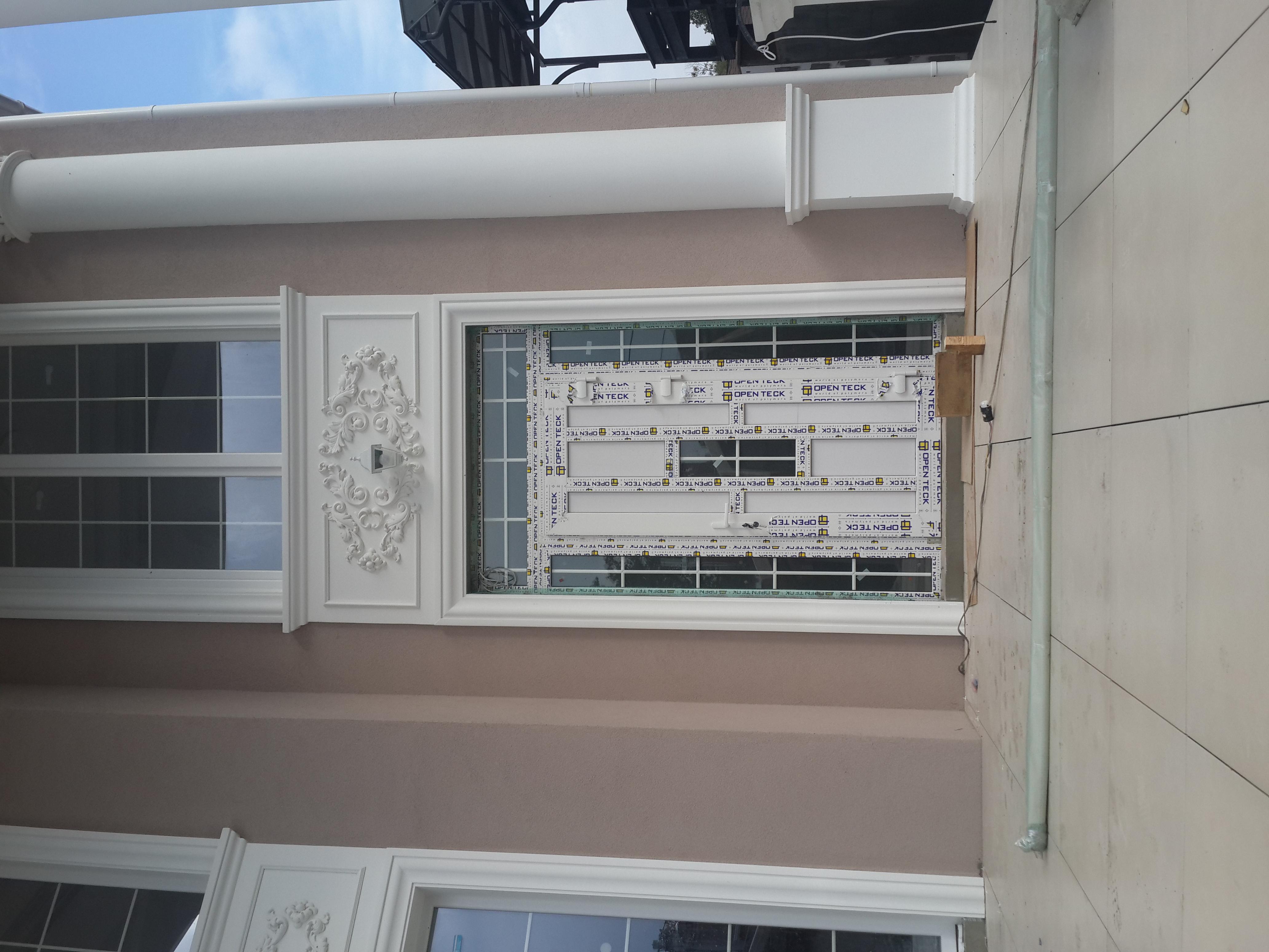 Металопластикові двері в будинок