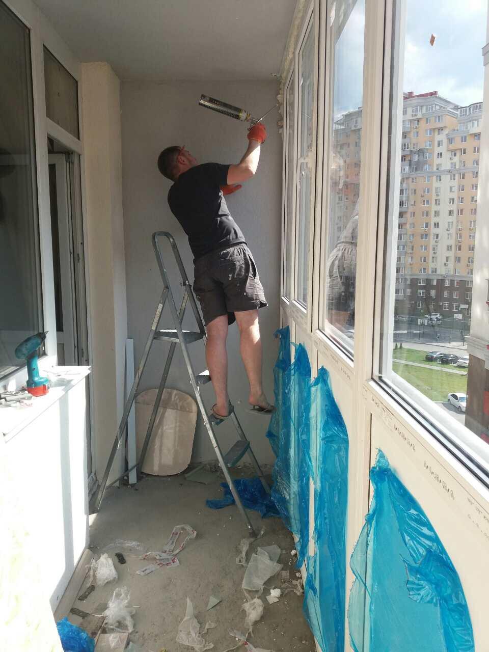 Французский балкон на Симоненка