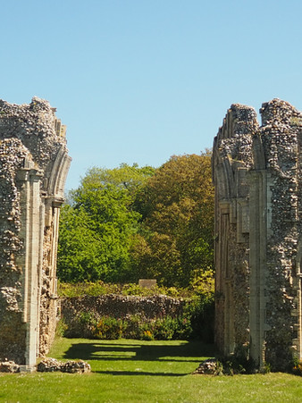 abbey ruins norfolk