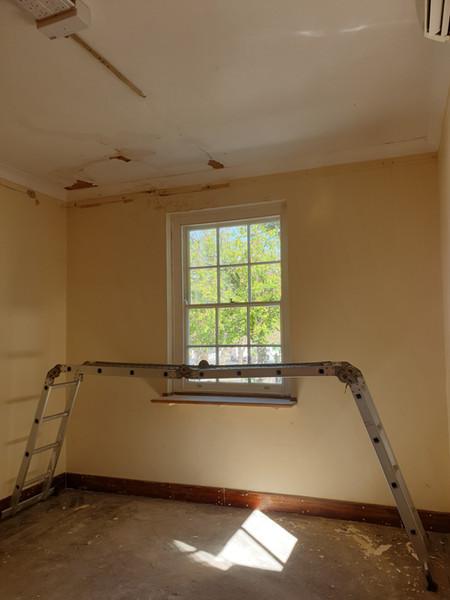 Georgian room before the renovation