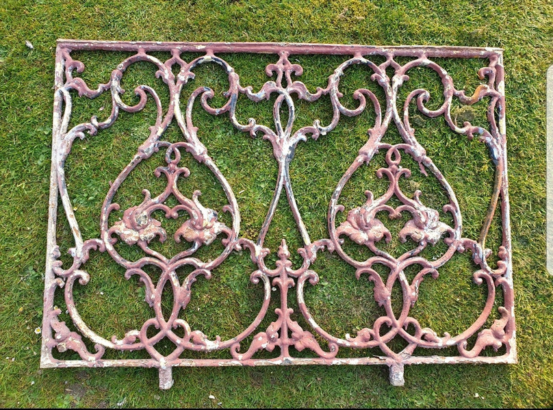 Cast Iron Victorian railings Before