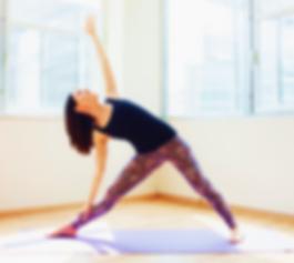 yoga triangolo.png