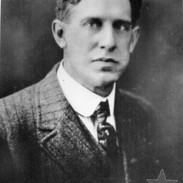 1904 G Thayer