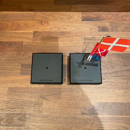 Floor Bases for Beolab 8000