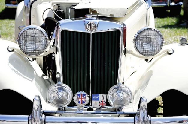 WhiteAuto.jpg