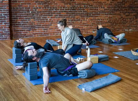 The Benefits of Yoga // Los Beneficios del Yoga