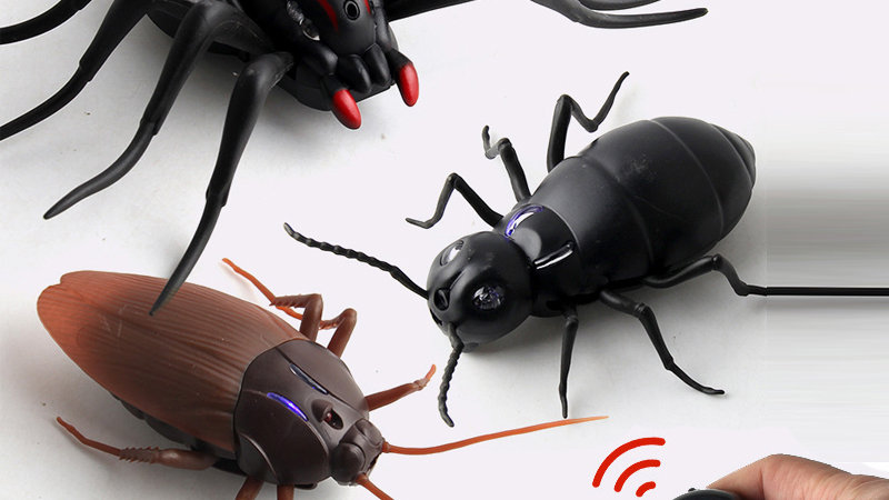 Infrared RC Remote Control Animal Insect Toy Smart Cockroach Spider Ant Insect
