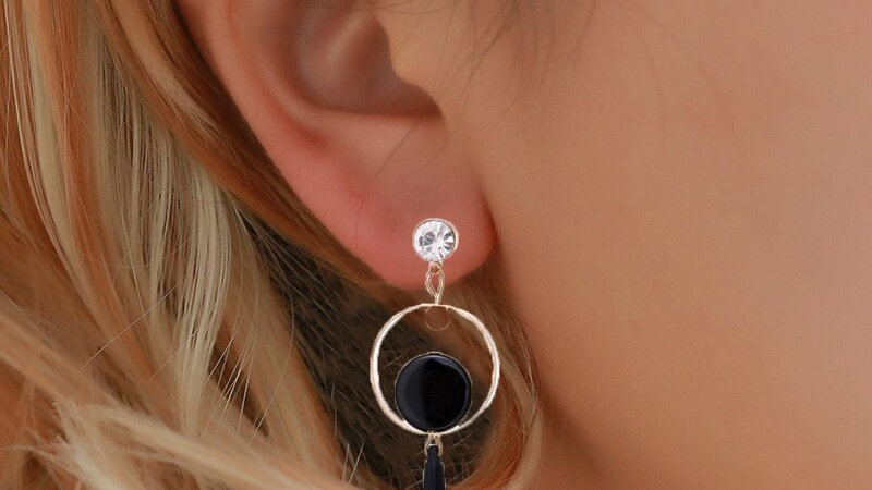 Trendy Drop Metal Earrings for Women Gold Statement Vintage Round Earrings