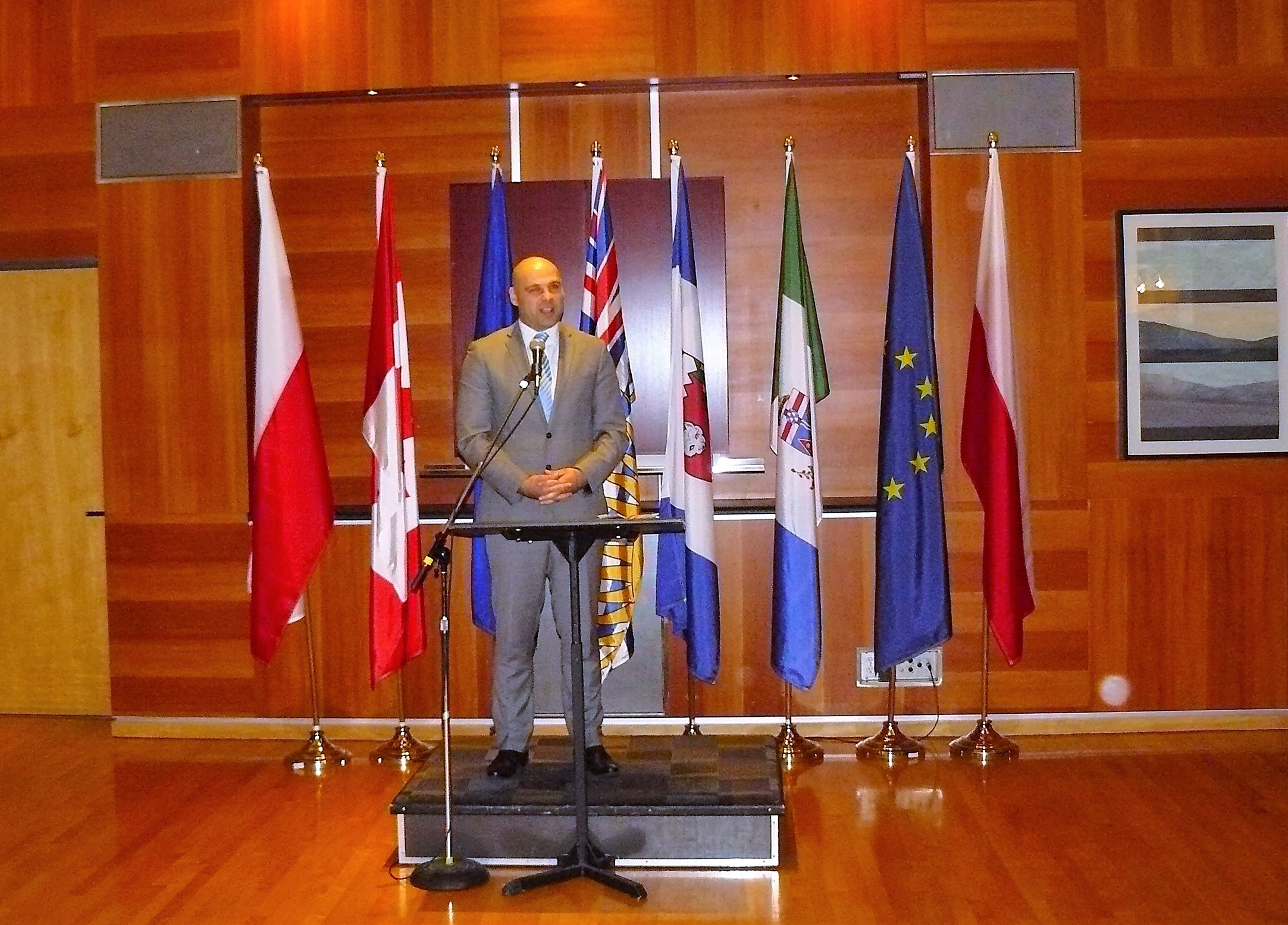 Consul M. Trzcinski