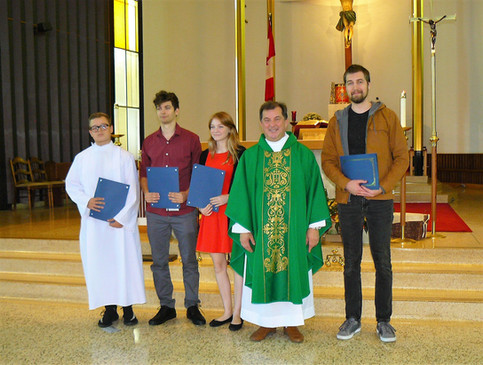 Students received diplomas