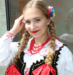 Emilka Krupa, Polonez Dance Group
