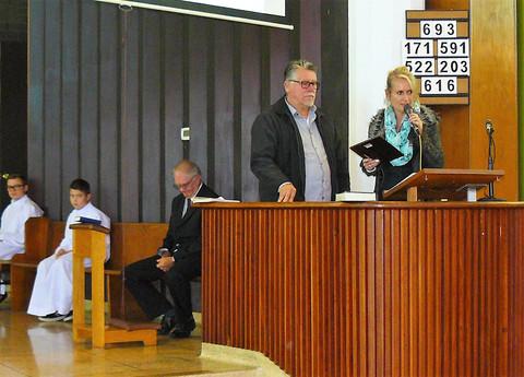 A. Dobrowolski  I. Swiatczak   Presenting CPC BC 25 th Anniversary Plaque to Polish Saturday School in Surrey