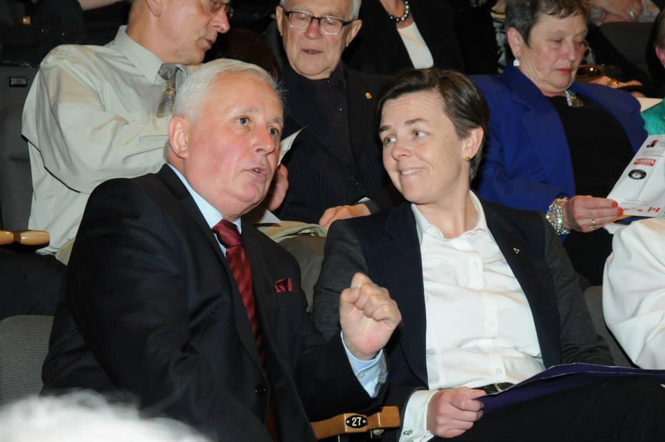 Consul K. Czapla, Hon Dr K. Leitch