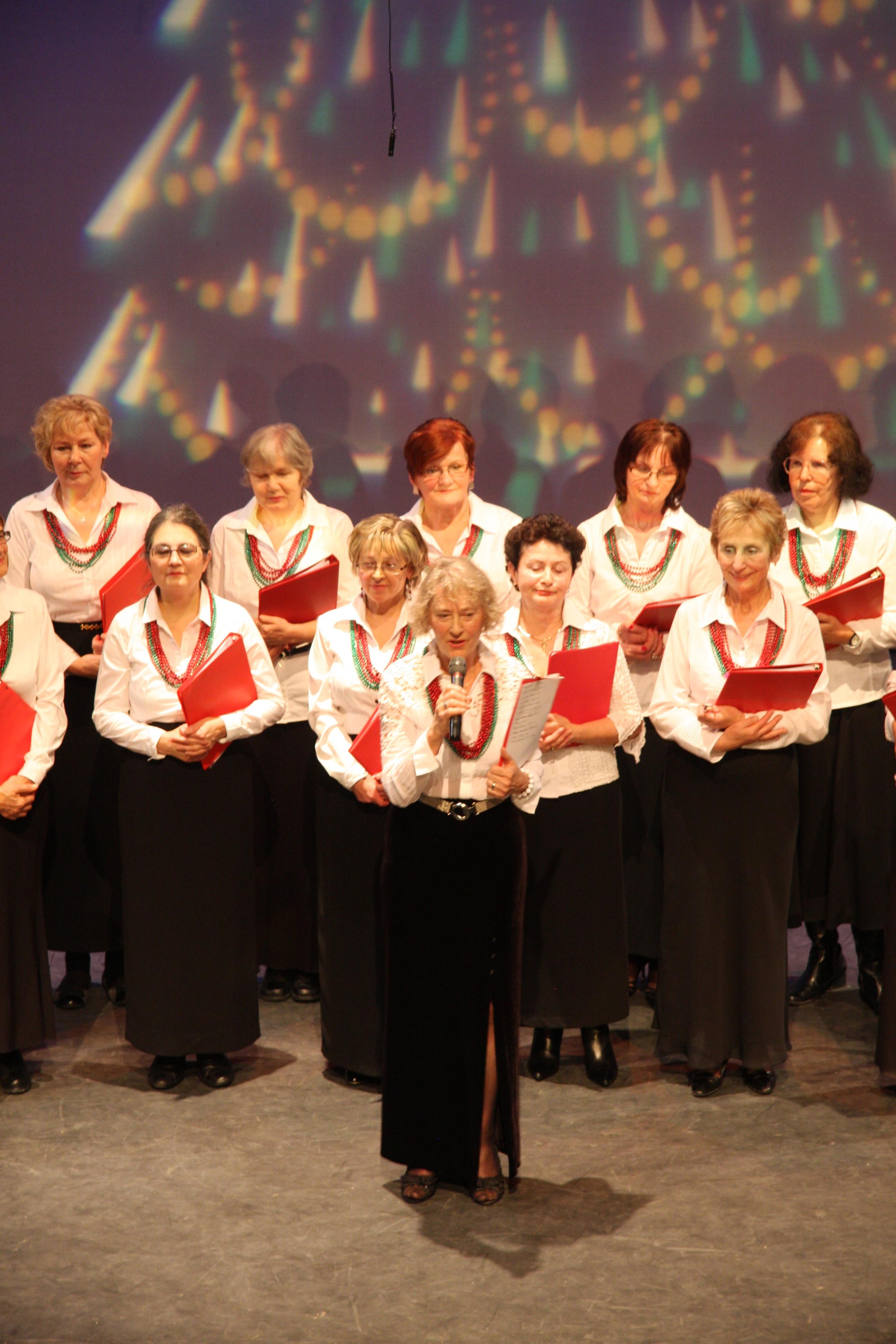 Grazyna Kapuscinska i Chor