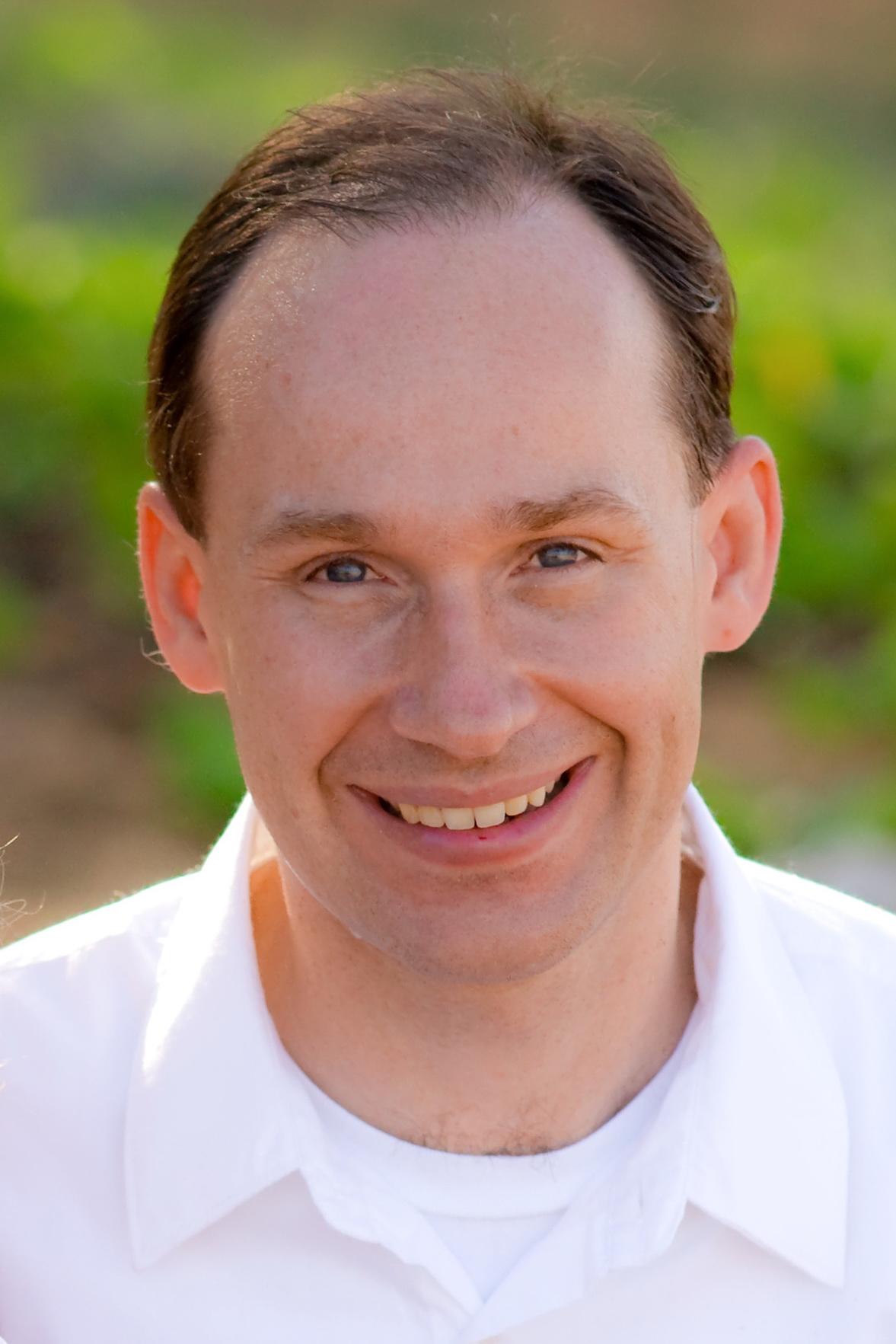 Dr. Kris Klimek, Dentist