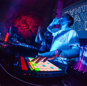 Neon Nox live